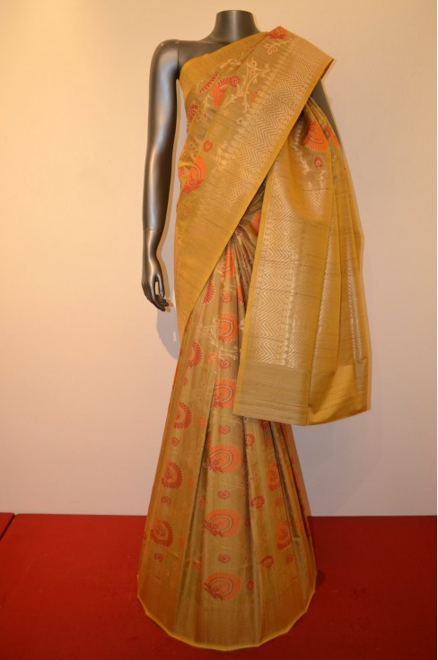 Exclusive and Grand Handloom Tussar Silk Saree