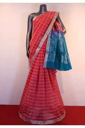 Exclusive & Classic Checks Weave Pure Silk Cotton Saree