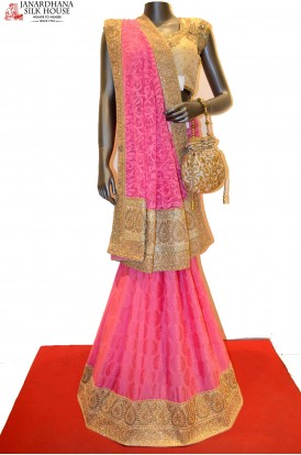 AA212730-Designer Party Wear Crepe Saree