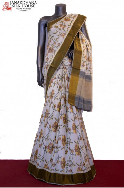 Exclusive Floral Handloom Ikat Patola Silk Saree