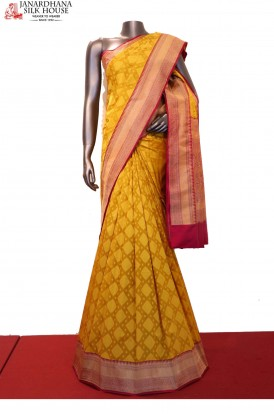 Exclusive Contrast Wedding Handloom Banarasi Silk Saree