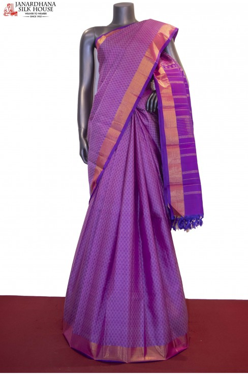 Payadi Checks & Classic Handloom Kanjeevaram Silk Saree