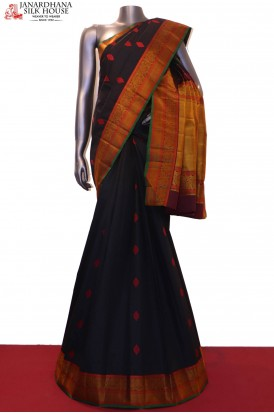 AG200323 -Thread Weave Exclusive & Traditional Kanjeevaram Silk Saree