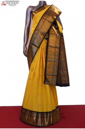 Exquisite Contrast & Traditional Wedding Kanjeevaram Silk Saree