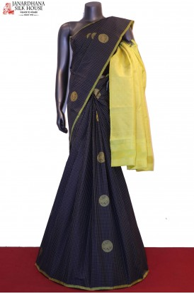 Checks & Contrast Kanjeevaram Silk Saree