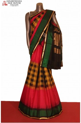 Checks & Contrast Exclusive Handloom Pure Soft Silk Saree
