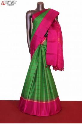 Checks Handloom Soft Silk Saree