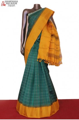 Traditional Checks & Temple Thread Weave Kanjeevaram Silk Saree
