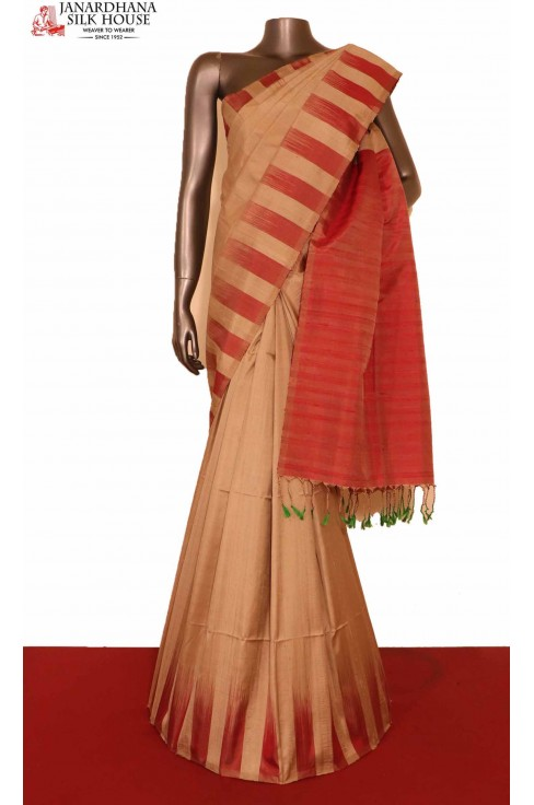 Classic Thread Weave & Contrast Handloom Pure Soft Silk Saree