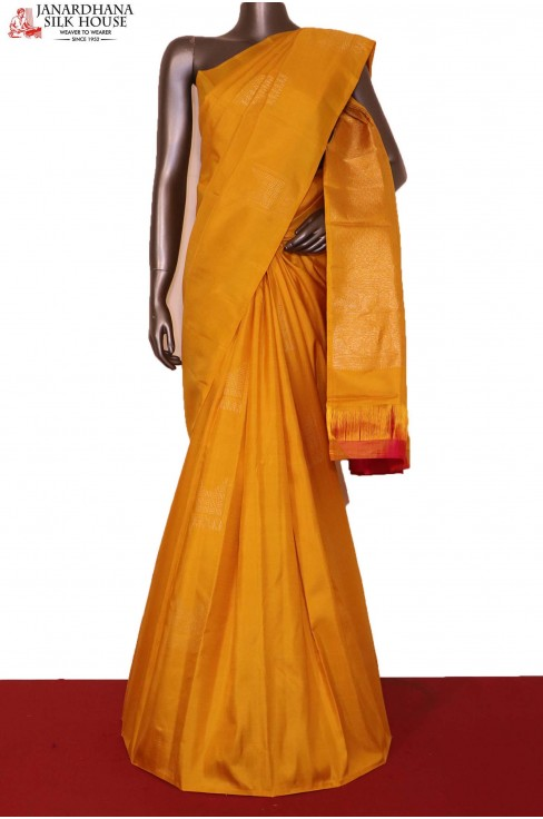 Traditional & Exclusive Wedding Kanjeevaram Silk Saree