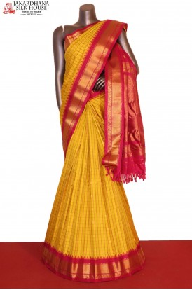 AG207255-Grand & Traditional Checks Butta Handloom Pure Gadwal Silk Saree