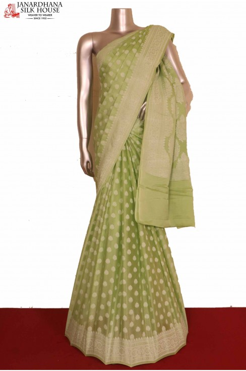 Green Pure Crepe Silk Saree..