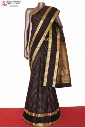 Exquiste Black Silver Gold Checks Kanjivaram Silk Saree