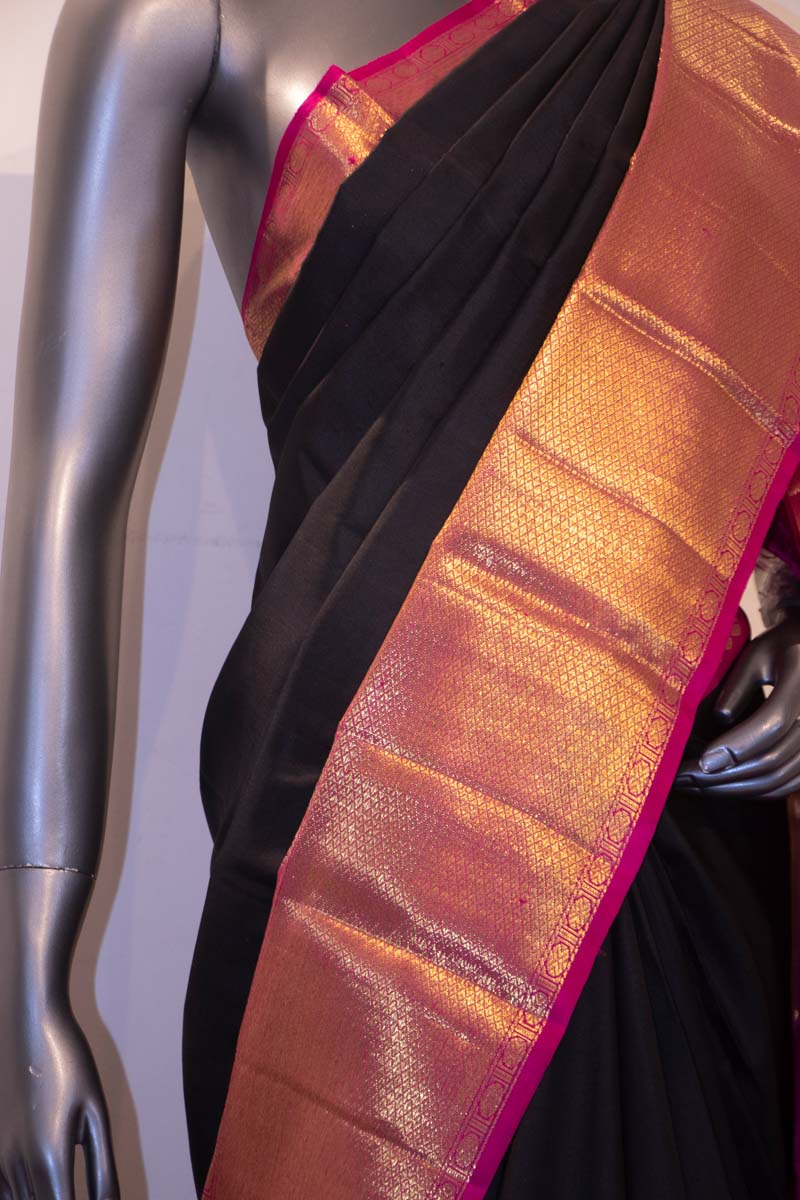 Exclusive Black & Grand Contrast Handloom Kanjeevaram Silk Saree